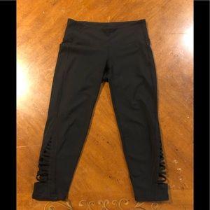 Athleta black cropped leggings size XS